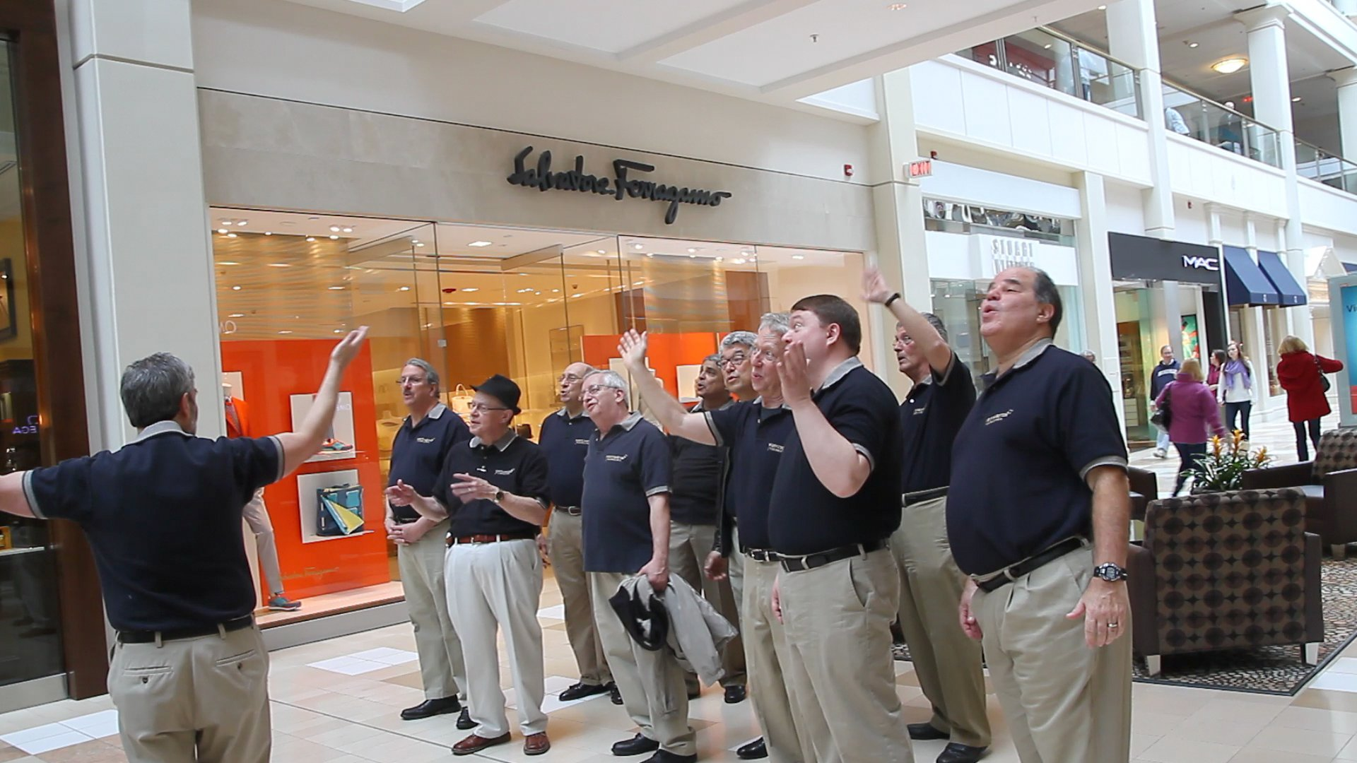 Chordsmen take the Mall!